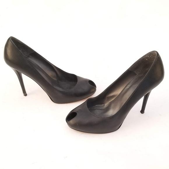 Stuart Weitzman Shoes - Stuart Weitzman Black Leather Heels - Size 10 M